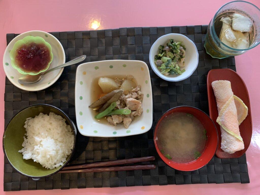 鹿児島 デイサービス スター倶楽部 昼食 鶏のうま煮定食