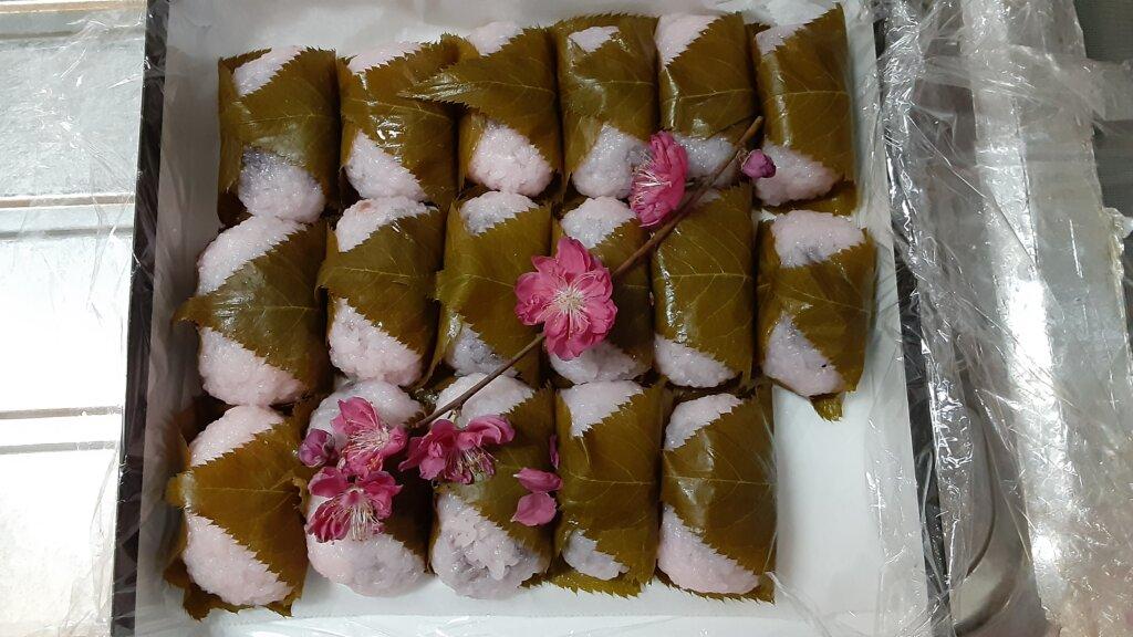 鹿児島 デイサービス スター倶楽部 ひな祭り 桜餅