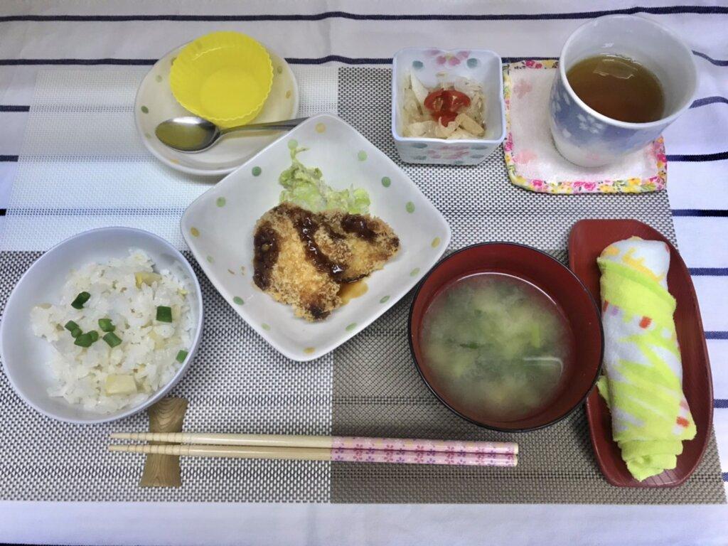 鹿児島 デイサービス スター倶楽部 ランチ ヒレカツ定食