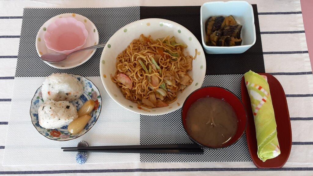 鹿児島 デイサービス スター倶楽部 日替わりランチ 焼きそば定食