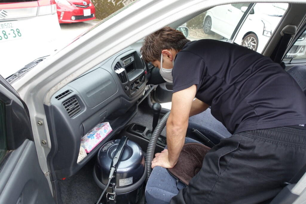 鹿児島 デイサービス スター倶楽部よしの 車両清掃 快適