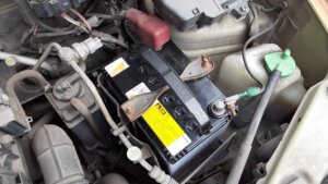 鹿児島 デイサービス スター倶楽部よしの 送迎車 バッテリー交換4