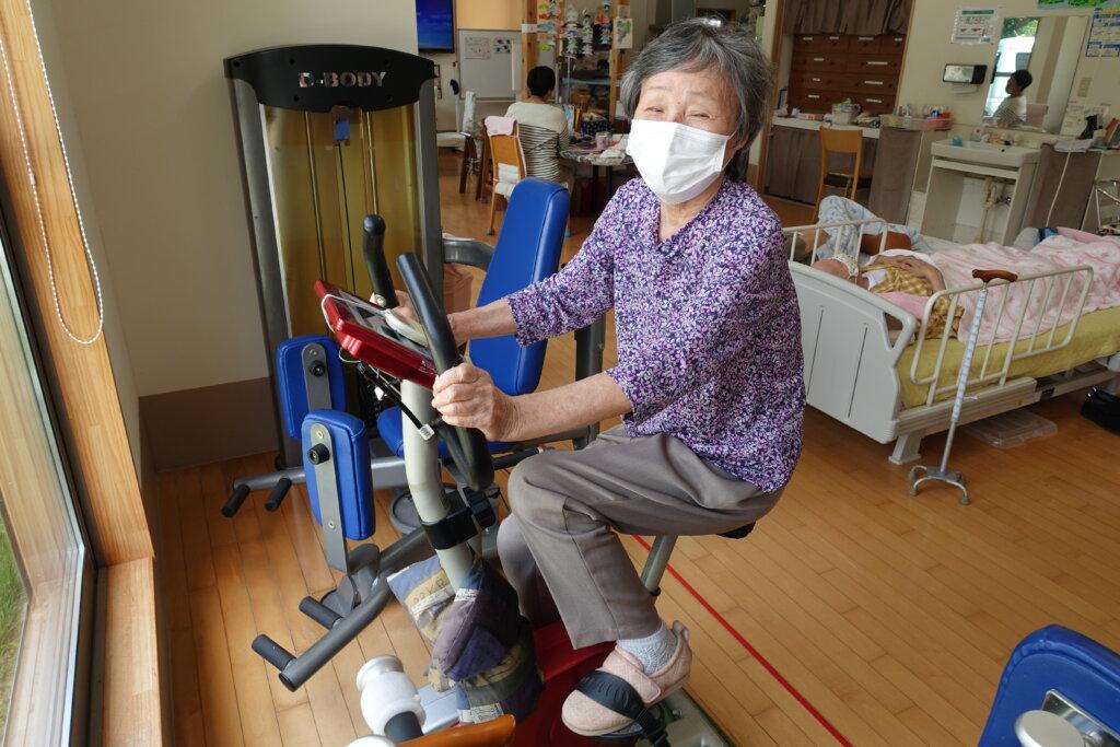 鹿児島 デイサービス スター倶楽部よしの マシン機器 エアロバイク