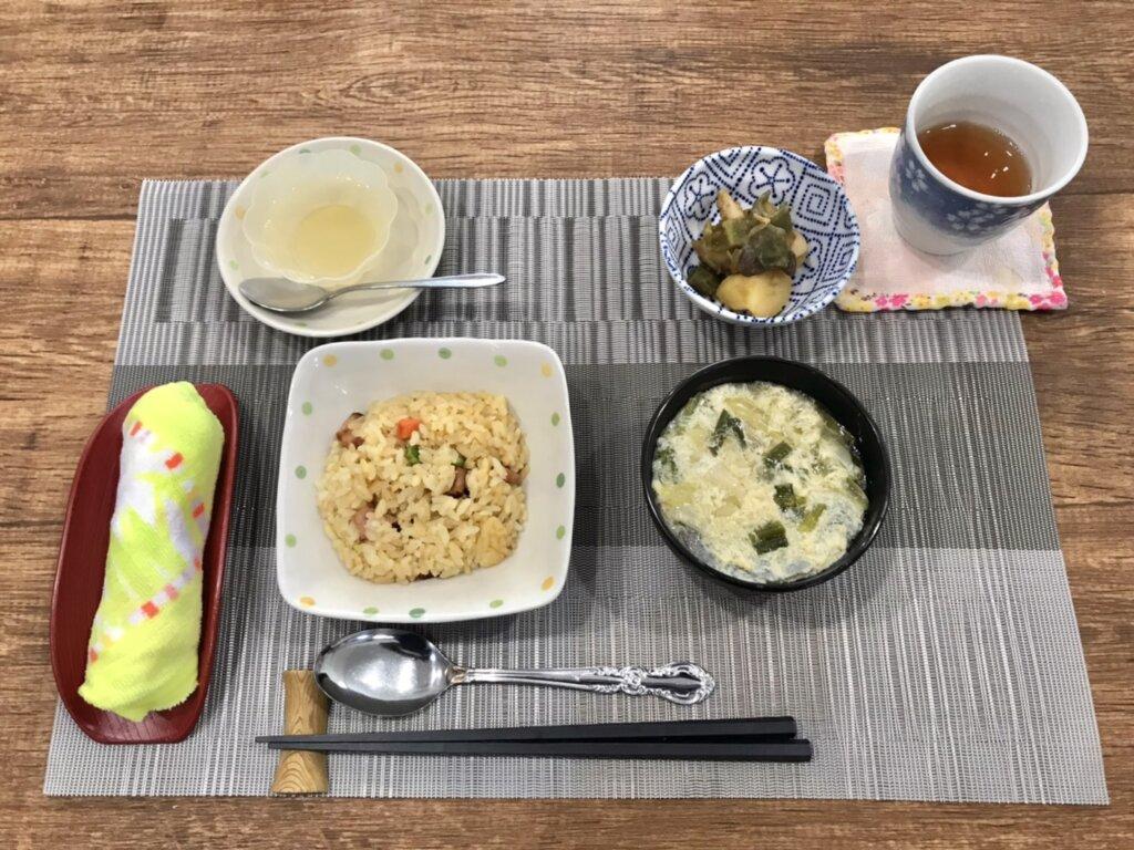 鹿児島 デイサービス 地域密着型通所介護事業 スター倶楽部 ランチ 炒飯定食