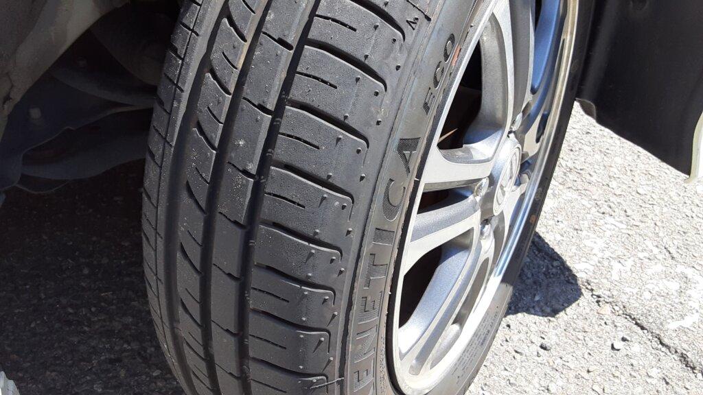 鹿児島 デイサービス 地域密着型通所介護事業 スター倶楽部 送迎車 タイヤ交換