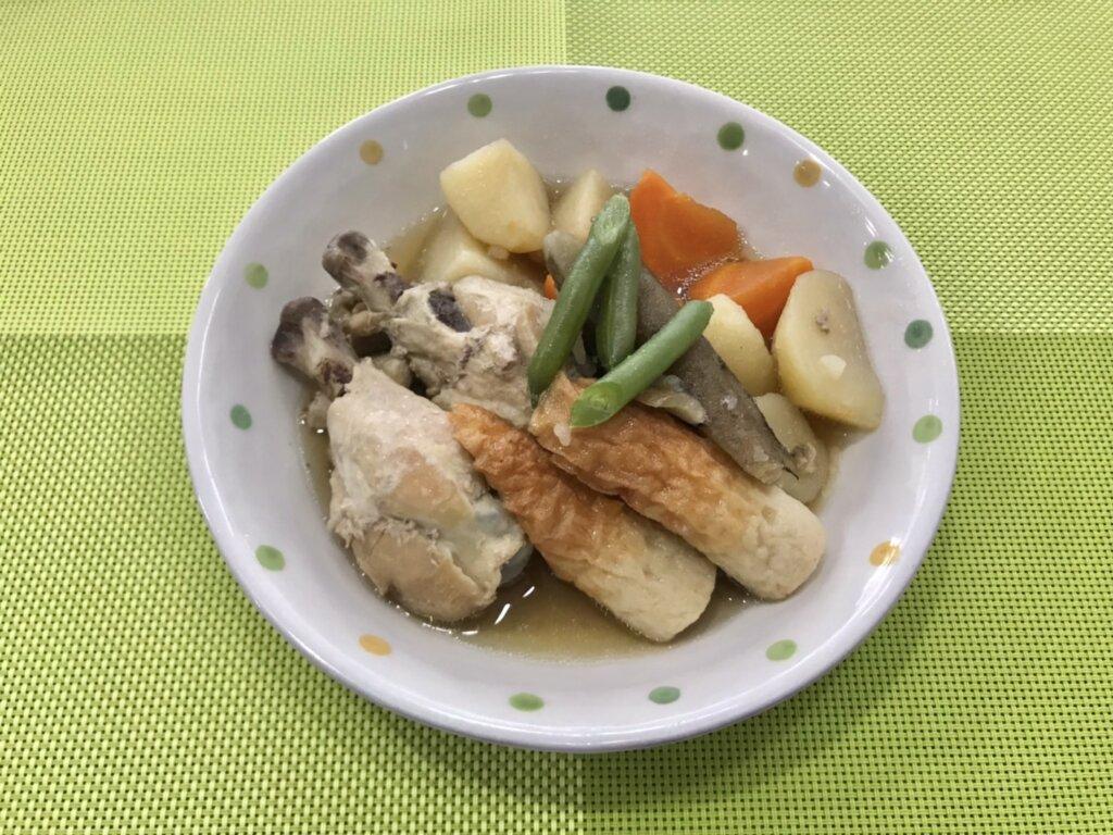 鹿児島 デイサービス 地域密着型通所介護事業 スター倶楽部 ランチ 鶏の煮物