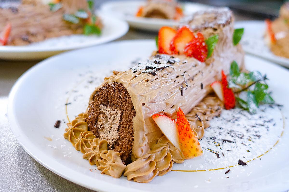 鹿児島 デイサービス お昼ご飯は安心の手作りの昼食 専属シェフによるおやつ、お菓子の紹介 株式会社デイサポートステーション